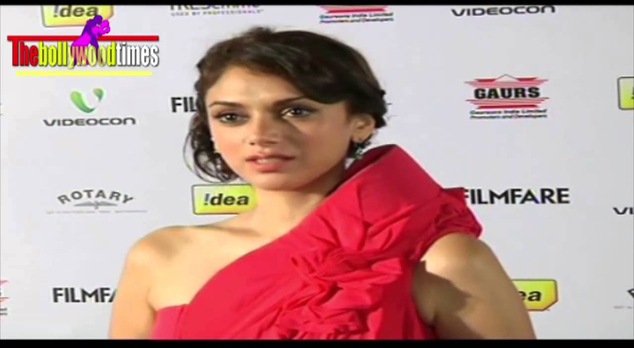 c2efb3db98c77 Hot Aditi Rao Hydari Sexy Big Fat Ass at the Filmfare Nomination Party 2013