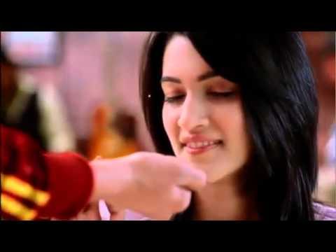 Krithi sanon ( Mahesh - Sukumar movie actress ) Closeup Ad HD