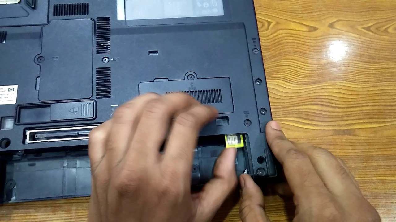 how to insert sim card in laptop