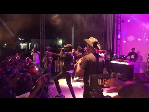 E.L & Joey B Perform 'All Black' At Bar4 Concert