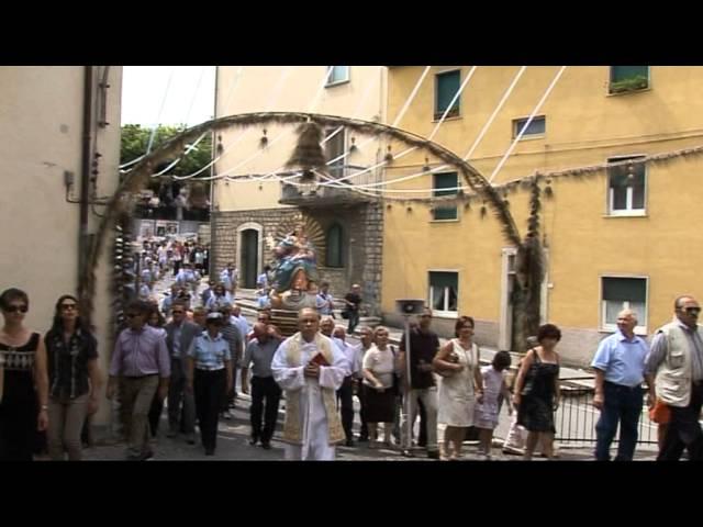 Gambatesa: ultima domenica di luglio: processione e momenti della messa