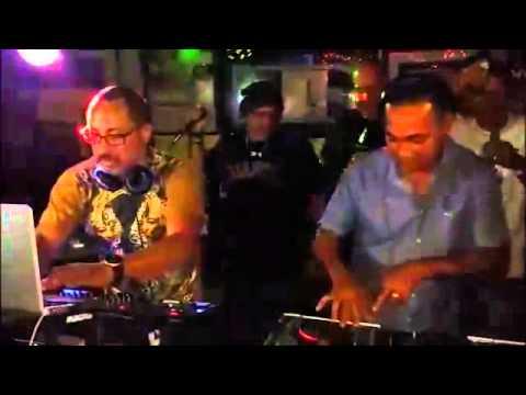 Dj PLayero y Dj Negro !!! Los Maestros del Old School