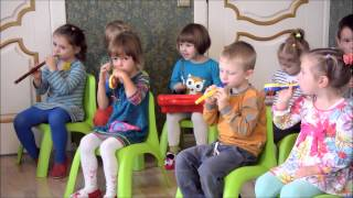 Музичні заняття (молодша група)