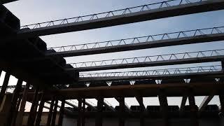 Układanie belek stropowych i pustaków - strop Teriva