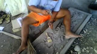 kerajinan pahat batu muntilan