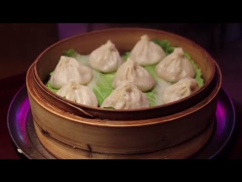 """""""NYC Food Tour"""" on NYC TV Ep. 4: Manhattan Chinatown - Host, Lawrence Weibman """"The NYC Food Guy"""""""