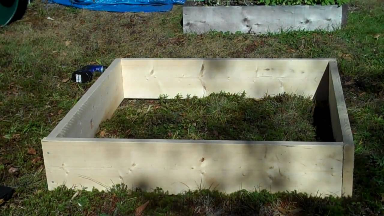 Constructing A Square Foot Garden Raised Bed Planting