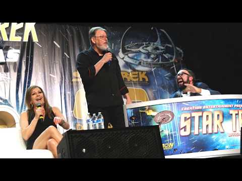 Jonathan Frakes and Marina Sirtis at Star Trek Las Vegas - 8-3-18