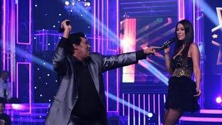 Juan Gabriel sorprendió bailando de alegría al cantar