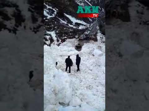 Бишкек—Ош жолуна түшкөн 2,5 млн метр куб кар көчкү тазаланууда