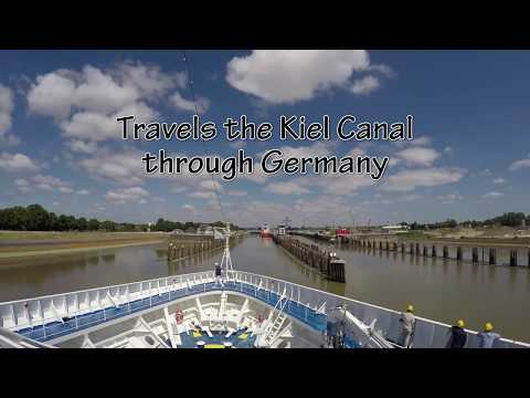 Silver Cloud going through Kiel Canal (Timelapse) Thursday 11 June 2015