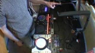 Pioneer EFX-1000 video 5, pluging in to a  mixer without send/return