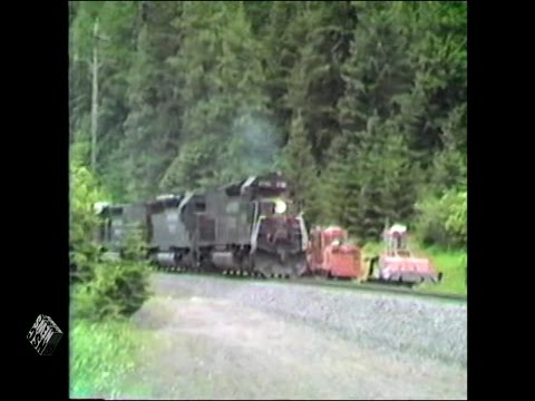 Southern Pacific Freight Train Climbs 1.6 Percent Grade in Cascade Mountains, June 1987