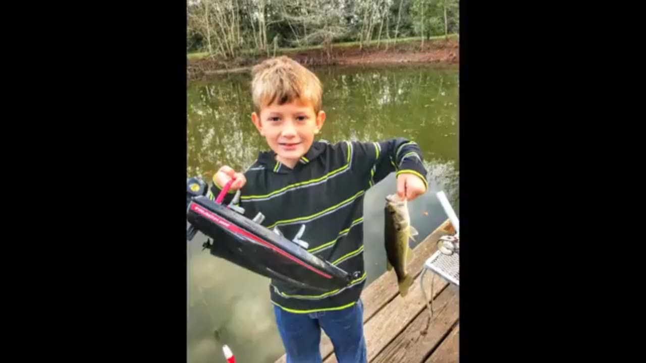 Testing The Bass Pro Shop Brand Remote Control Tracker Fishing Boat Youtube