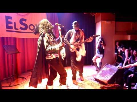 """Manolito Metal y Rigodon cantan """"Hard Rock Hallellujah"""" en AK Madrid Halloween 2009"""