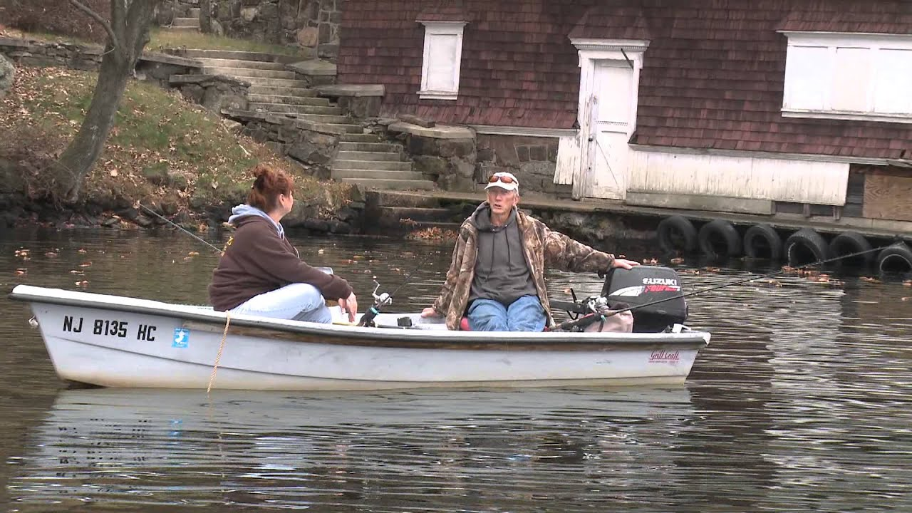 Fishing for hybrid striped bass on lake hopatcong youtube for Lake hopatcong fishing