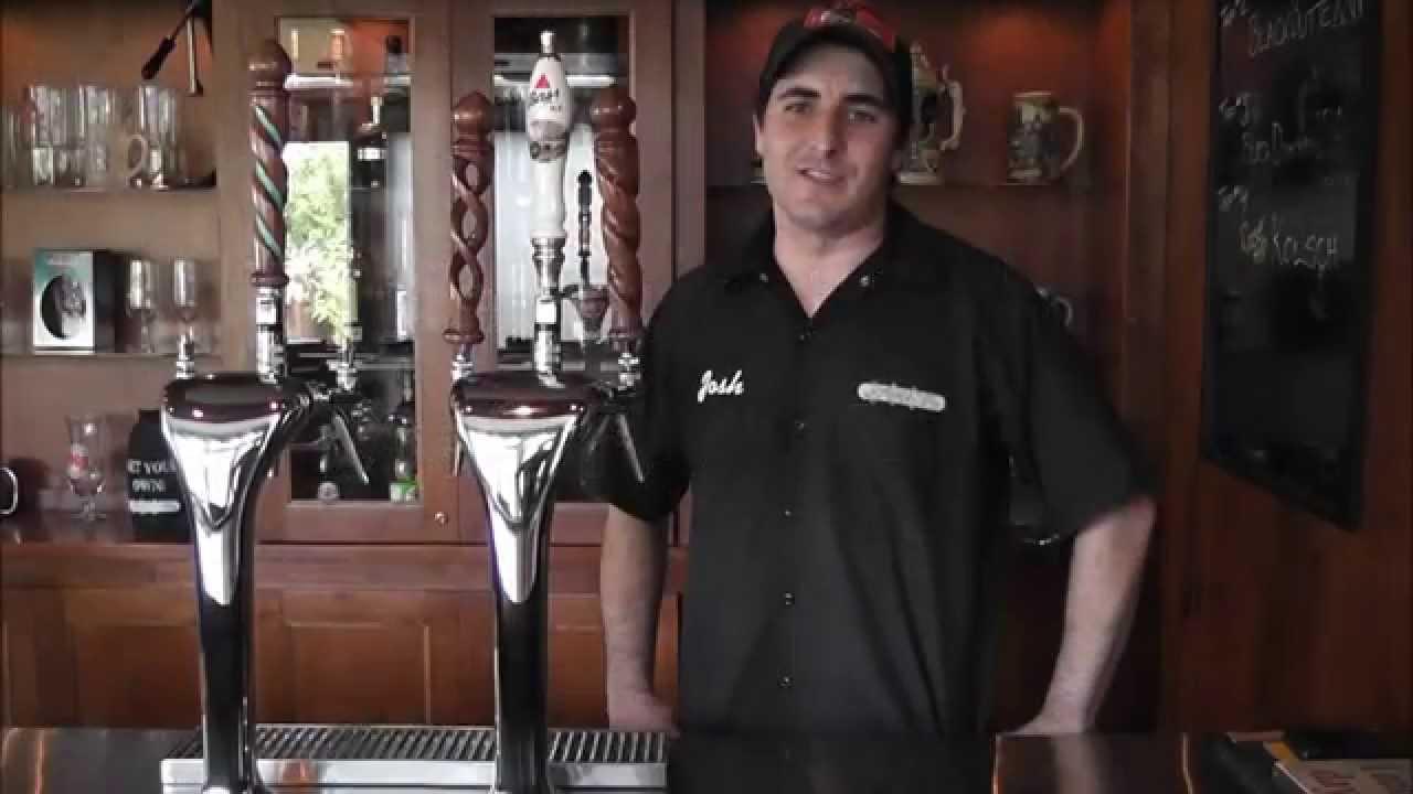Triple Faucet Cobra Draft Beer Tower - YouTube