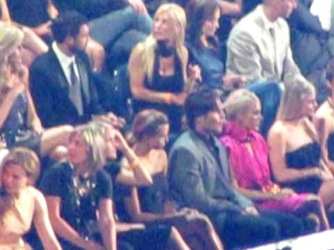 Carrie Underwood & Mike Fisher  CMT Music Awards 2010  5