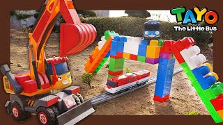 Tayo Kendaraan berat Mainan menunjukkan l#34Pelajari warna dengan jembatan terbesar l Tayo Bus Kecil