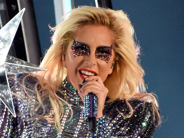 Celebrities React To Lady Gaga's Epic Super Bowl Halftime Performance