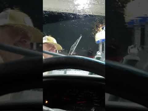"Greg""Global"" Washer showing us how to properly clean a windshield"
