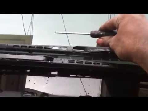 Wiper blade arm adjustment