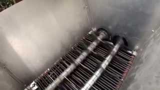 Repeat youtube video 1 .Testlauf  Eigenbau - Shredder