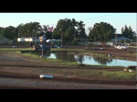 Dallas County Speedway Bomber Heat 6-19-10