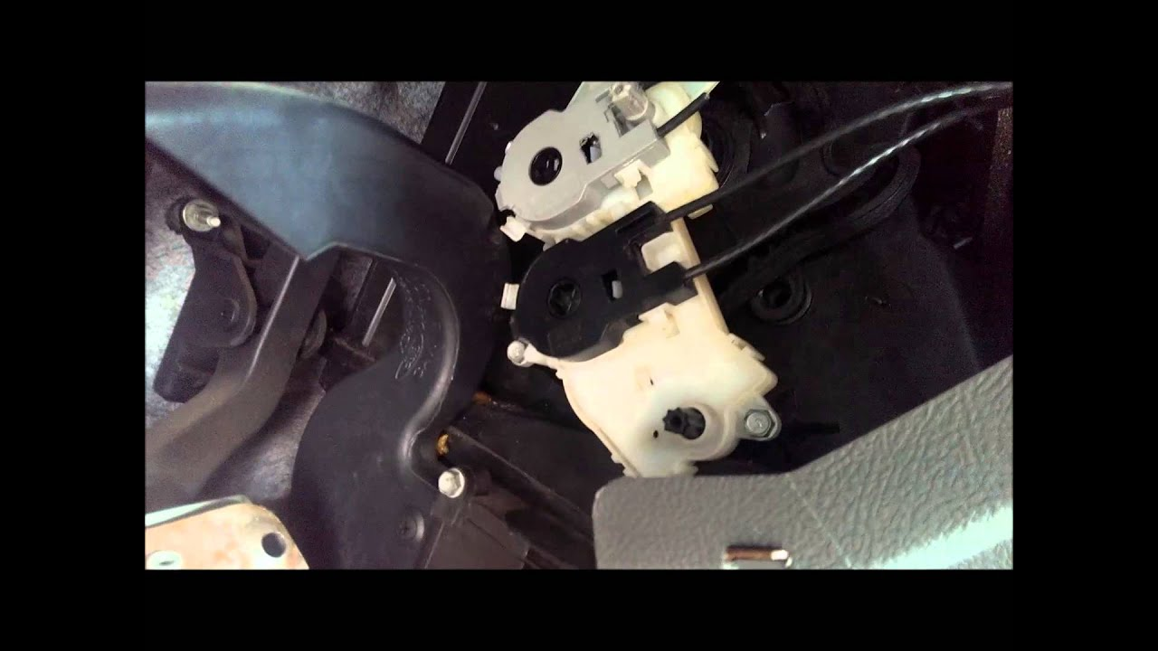 Manually Adjusting Hvac Air Flow Control 2005 Ford Focus
