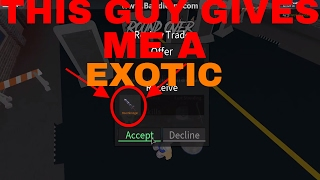 THIS GUY GIVES ME AN EXOTIC (ROBLOX ASSASSINS W/MIKE)
