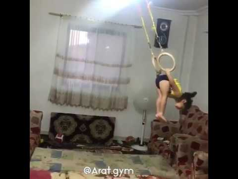 Unbelievable! Watch a little girl doing gymnastics at home