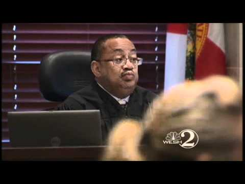 Spectator Held In Contempt At Casey Trial