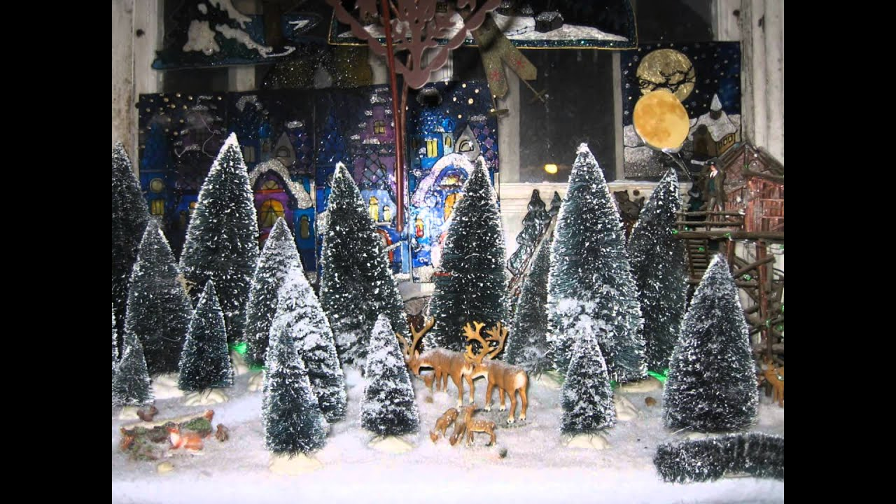 Village de no l miniature 2012 de pierre c line youtube for Decoration sapin de noel americain
