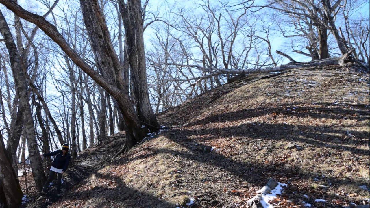 奧多摩 鷹ノ巣山・六ッ石山(後編) Winter Version 2015年12月 石尾根を奧多摩駅へ - YouTube