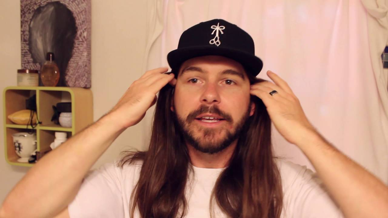wear hat with long hair