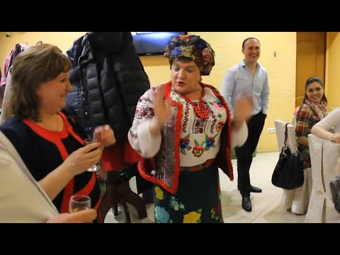Одесская тамада жжет