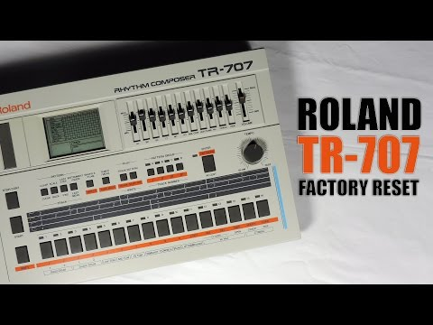 Roland TR-707 factory reset