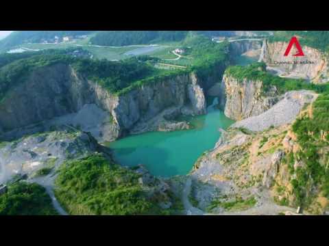 Inside Chongqing Trailer