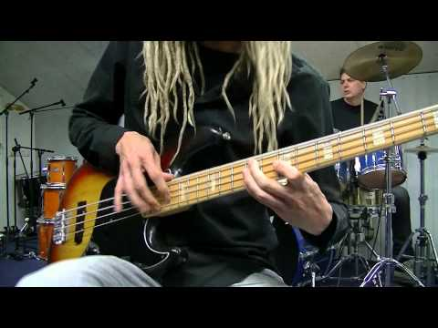 Funk Bass & Drum Grooves with Chords