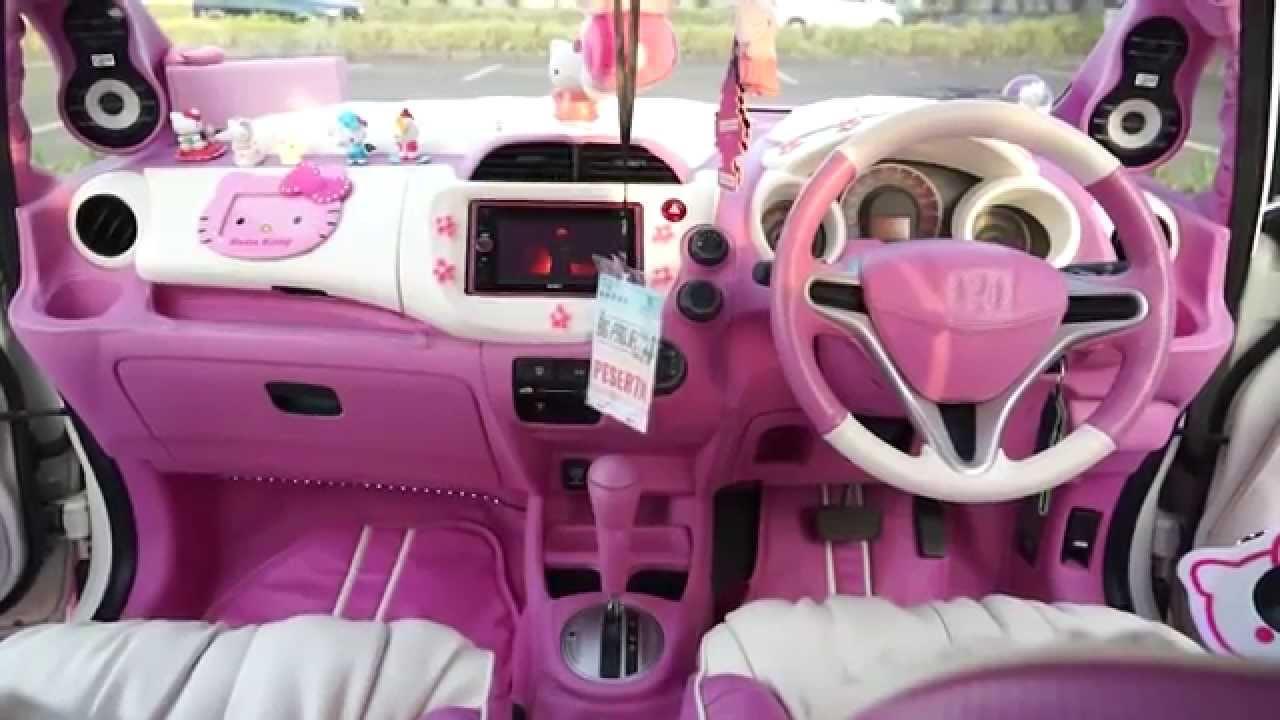 interior car hello kitty