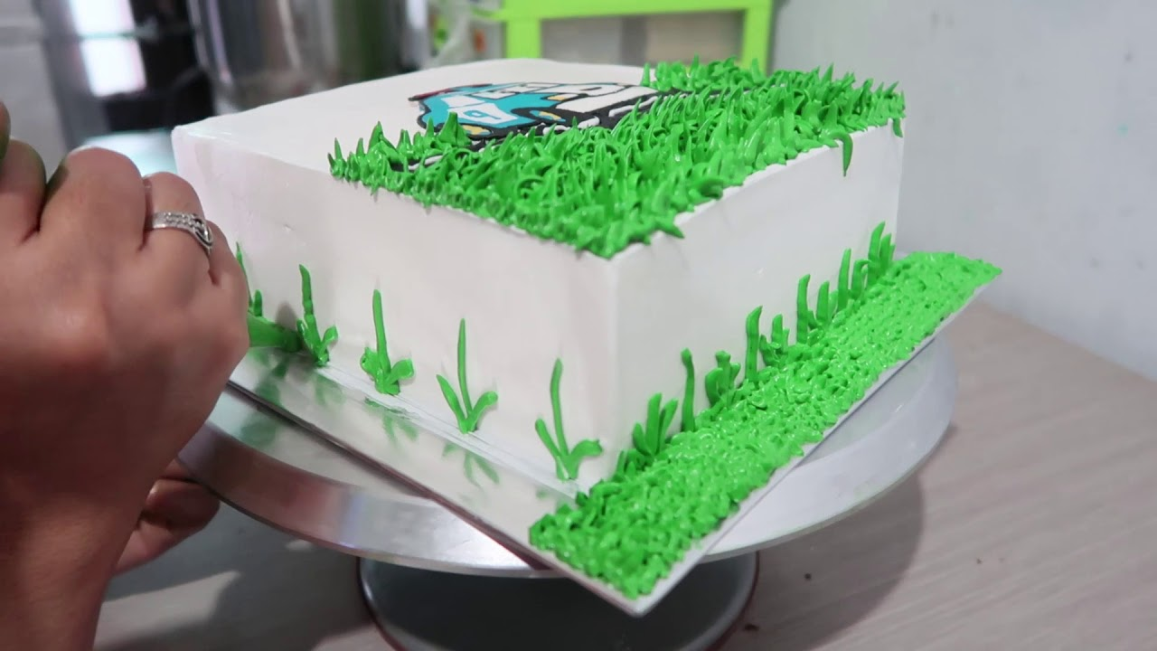 How To Decorating Cake Birthday Simple For Son Character Robocar Poli