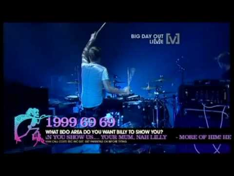 Download Youtube: Groove Armada - Superstylin' (Live Big Day Out 2010 Sydney)