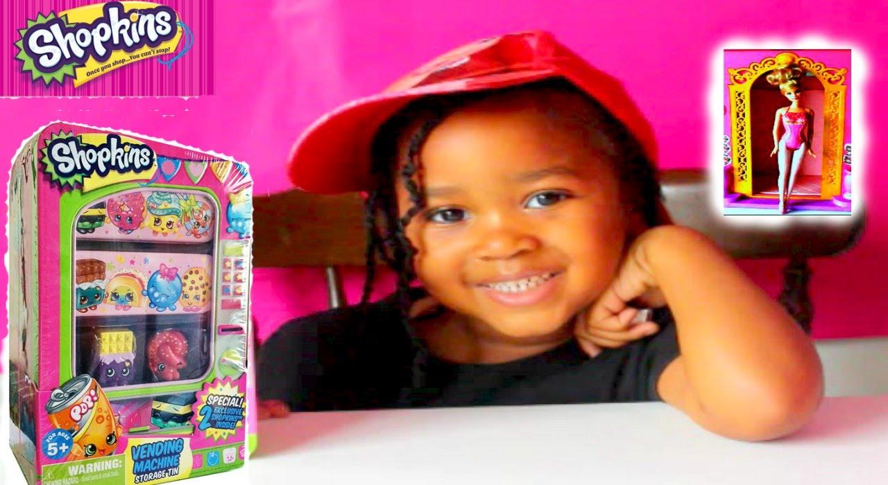 Download Barbie discovers Shopkins Vending Machine  Surprise Doc McStuffin, minionstoys KGurlz tv Review