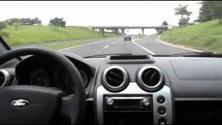 TEST DRIVE SP - Ford Fiesta Zetec Rocam 1.6 Flex 8v(VERSÃO PULSE (Console central com porta objetos; luz de leitura dianteira direcional; maçanetas externas, espelhos retrovisores e régua do porta-malas na ..., 2013-03-17T19:05:36.000Z)