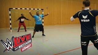 The New Day beim Handball (Rhein-Neckar Löwen): WWE hautnah