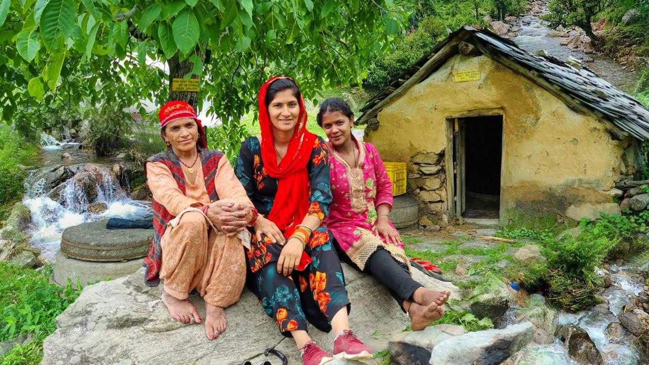 Hp-25 Himachal Pradesh village life style || Himachali Tour Vlog Shubh Journey