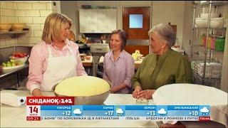 Популярна американська телеведуча Марта Стюарт приготувала українську паску