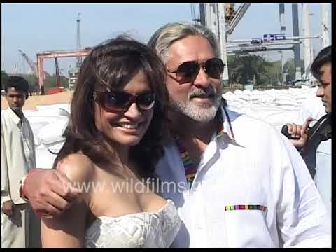 Vijay Mallya At Kingfisher Calendar Launch, With Indian Empress Yacht - King Of Good Times No More
