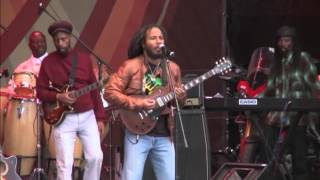 Ziggy Marley -War/No more trouble - live in SoWeTo