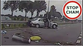 Mercedes i BMW taranują się na S8 - wypadek #478